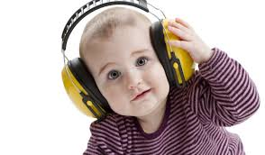 kid with earphones